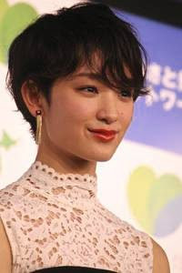 button-only@2x 松田遼馬と剛力彩芽が似てる?彼女や結婚,球種/球速を調査!トレードの理由は阪神??