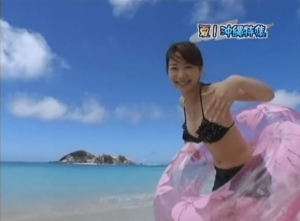 button-only@2x 山田幸美アナ結婚は?水着写真がかわいい!カップ,スリーサイズ,温泉も調査!!