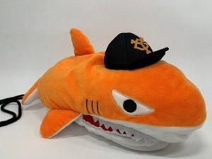 button-only@2x パーラ(巨人)サメ男の理由由来は?キャラ名前,サメグッズ,サメダンスなど調査!!