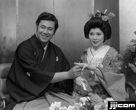 button-only@2x 田淵幸一(阪神)息子や前妻との離婚について現在の嫁や若い頃の画像も…死球で九死に一生